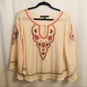 Love Stitch blouse. Size small boho cuteness